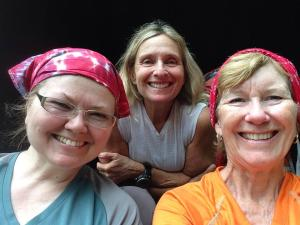 A meeting of the Inter-State Trail Dames!