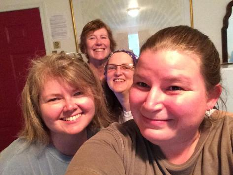 Credit to Bag Lady for this  Group Selfie at the Stardust Motel!